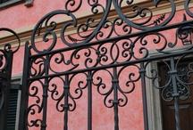 Kované a kovové brány a prvky