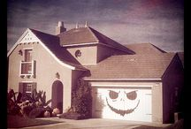 #KD- Garage Door Art and Holiday Decor