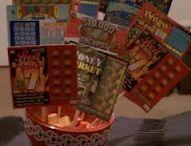 Ballagási csokrok, díszek / Ballagási virágdíszek, csokrok, dekorációk További nézni és olvasnivalók itt: http://balkonada.cafeblog.hu/?s=ballag%C3%A1s&byBlog=1