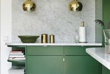 Eclectic kitchen inspiration / A selection of inspiring kitchens that have an eclectic interior feel. Lots of colour, statement prints and metallics! These aren't your average IKEA kitchen...