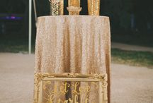 Gold Wedding Theme Ideas / Gold theme wedding decorations, invitations, cakes, flowers, and other ideas for using gold to make your wedding look upscale (whether you spent a lot or are on a tight budget).