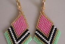 Accessories bead weaving