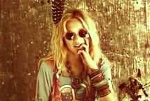 hippie love / peace throughout