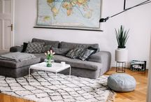 Beautiful Berlin Living Rooms / Berlin has a decor style all its own. We want to Show our love for that unique interior design with some of our favorite living rooms.