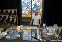 Glazeniers aan het werk, of tijdens het maken van vlakglaskunst