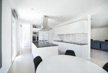 Cocinas de diseño inHAUS / Las cocinas de diseño de casas Modulares inHAUS son el verdadero corazón donde se cuece el amor de nuestros clientes.