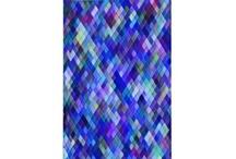 Harlequin / zigzag pattern, diamonds.