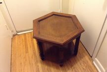 Rattan hexagonal wood table / (15$ Toronto)I have a really nice rattan hexagonal wood table,its in great condition and it use to have a glass top but can still be use that way,the mesure are 24 inches wide x 20 inches high x 4 inches bottom shelf,i am in etobicoke area,ask us for what else we have for sale...we have a lot,(look in your spam folder for my reply,sometimes it goes in there)thank you 'No Pay Pal'
