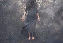 Krabat & the modern witch / Mitternachtsgesellschaftsshooting inspiriert von der Sage ueber Krabat und der Idee moderner Hexen in unserer Gesellschaft.