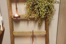 DadelTakken / Woonwinkel Maurice Styling is gevestigd in Vries, Drenthe. Zeker de moeite waard om binnen te lopen om inspiratie op te doen maar ook om vakkundig interieur- en stylingadvies te krijgen op het gebied van verschillende woonstijlen en materialen, accessoires, kasten, meubels, verlichting, plaids en kussens. Kom voelen, laat u inspireren en verleiden.