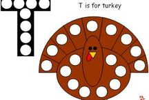 Thanksgiving Early Learning Ideas / Prepare for 'Turkey Day' with Making Learning Fun! Find these activities and more at www.makinglearningfun.com!
