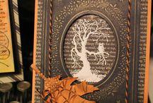 Spooky Designs + Dark Paper Couture / Basteleien rund ums Thema Halloween, Monster, Vampire und mehr