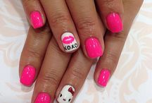 nails! / by Chelsey Baez