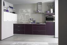 Kleurrijke keukens / Bij Küchen Direct houden wij van kleur. Je kunt bij ons eindeloos combineren met kleuren.