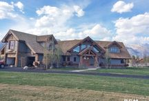 """Owl Creek 4904 Sq. Ft. (455.5 sq. m) / A finished project we designed, """"Owl Creek"""". A stunning 4904 Sq. Ft. (455.5 sq m) floor plan with beautiful post and beam construction. #loghomedesign #floorplans #architects #TBT"""