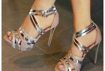 Sapatos de festa