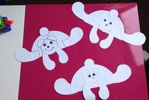 Výroba v dětském klubíčku. / Jsou to výrobky které jsou vyrobeny v mateřském centru dětský klubíček.