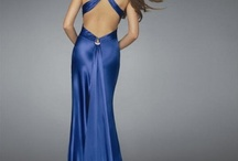 Dresses / by Jess Winder