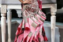 Haute couture et folie creatrice / La haute couture ou la dernière forme d expression libre dans la couture / by slimane henni