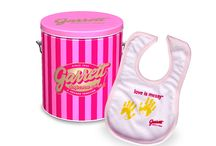 Garrett Popcorn Gifts / Check out these gifts from Garrett Popcorn! / by Garrett Popcorn Shops