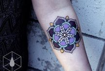 Mandala Tattoos / Mandala tattoos largely resemble floral tattoo designs but differ a lot when it comes to the meaning aspect of the tattoos.