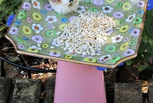 YARD ART (not glass plate flower art they have their own PIN board) / by Julie Bug