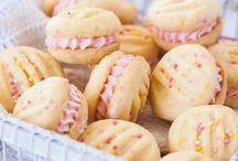 Biscuits .