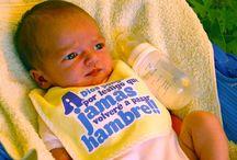 Baberos / #Baberos #molones y de mucha #calidad para nuestros Bebés! Los hay #personalizados con el #nombre! www.petitpascon.es