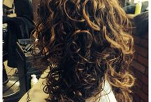Highlights in curly hair  / Custom highlights are done following individual curl patterns. This creates movement and emphasizes beautiful curl texture.