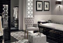 Black&White: czarno na białym / Kontrast czerni z bielą w rozmaitych wariantach był i jest nadal najchętniej wybieranym motywem przez projektantów wnętrz i projektantów mody. Zobacz nasze inspiracje począwszy od klasycznego stylu Coco Chanel do ulicznej mody i współczesnych aranżacji wnętrz w stylu op-art.