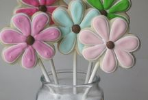 Craft and decor ideas / by Jaye Rogers-Freeman