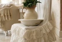 Shabby Chic and Splendor / by Michelle Cohn