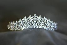 wedding hair accessory / by Heba Hesham