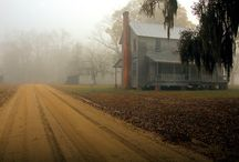 Southern Landscapes / A view of southern landscapes.
