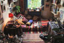 Lives Hippie