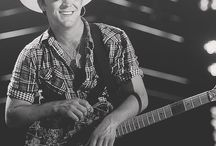 justin moore. / by Anna Nash