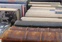 Writing & Reading / Un tuffo tra macchine da scrivere d'epoca, libri vecchi e caratteri tipografici