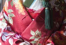 Kimonos e outras vestimenta.