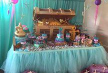 Mesas de dulce fiesta temática