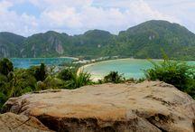 Прекрасные путешествия - Таиланд / Тайланд великолепная страна для самостоятельного туризма. Там  огромное количество прекрасных мест - можно наслаждаться  пляжами, пейзажами, достопримечательностями - просто неповторимым отдыхом и свободой! В Таиланде очень много отелей, на любой вкус и кошелек - забронировать абсолютно легко. Чтобы  выбрать наиболее выгодное предложение, я пользуюсь сайтом Agoda.com или Hotellook.ru  они сравнивают цены. Вы можете бронировать в кратчайшие сроки, все очень просто и выгодно.
