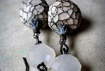 украшения из пластики и керамики