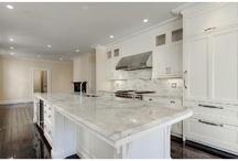 Mouth Watering Decor / Kitchen & home decor, kitchen storage, kitchen inspiration.