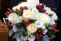 Winter Wedding Flowers / Winter is a beautiful time of the year for a wedding. Here are some beautiful winter wedding flowers that we have created as well as others to inspire you.