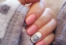 Dori Nails