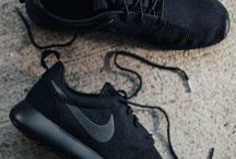 Dámská móda / Nike
