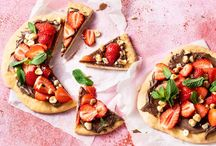 Nagerechten / Yes! Er is altijd plek voor een toetje vinden wij. Dit bord is een verzamelplek van allerlei desserts, van vegan tot échte klassiekers!