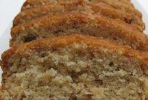 Cakes ~ Amish / by Leona Dykes
