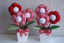Květiny z textilu, papíru.....