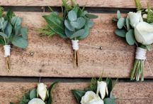 Boutonnieres / The perfect accent for your groom and his groomsmen