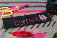 Made by me / Cross stitched on jute paper, a bookmark for all cupcake lovers!